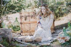 Hoy en el blog os presentamos la Colección Boho de Immaclé. Totalmente in love!!   http://www.unabodaoriginal.es/blog/de-la-cabeza-a-los-pies/vestidos-de-novia/novias-boho-de-immacle