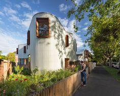 Curiosa la fachada en zig zag de esta casa australiana - https://arquitecturaideal.com/curiosa-fachada-en-zig-zag-casa-australiana/