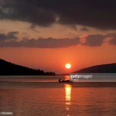 06-10 Beige Sunset and Cloudscape on Adriatic sea. #kumbor... #kumbor: 06-10 Beige Sunset and Cloudscape on Adriatic sea. #kumbor… #kumbor