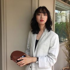 20 Most Beautiful and Easy ulzzang Hairstyles for 2020 : Page 8 of 20 : Creative Vision Design – Shiro - Perm Hair Styles Permed Hairstyles, Modern Hairstyles, Hairstyles With Bangs, Easy Hairstyles, Hair Inspo, Hair Inspiration, Korean Short Hair, Medium Long Hair, Uzzlang Girl