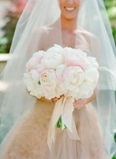 Ombre peonies: http://www.stylemepretty.com/2015/02/26/spring-santa-barbara-wedding-at-villa-sevillano-part-i/ | Photography: Jose Villa - http://josevilla.com/