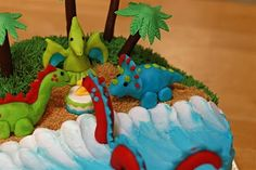 Patty Cakes Bakery: Dinosaur Birthday Cake