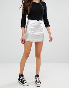 Shop the latest Pull&Bear Metallic Coated Mini Skirt trends with ASOS! Metallic Skirt Outfit, Silver Skirt, Casual Skirts, Casual Outfits, Cute Outfits, Fashion Outfits, Casual Attire, Outfits With Converse, Petite Fashion