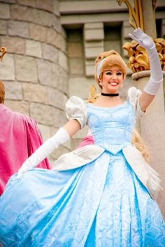 How fun it must be to be a disney princess at Disney land or disney world.