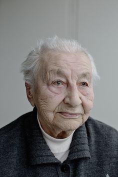 """Born in 1917, """"Seisoin sairaanhoito-opiston käytävällä Viipurissa, kun sireeni soi ensimmäisen kerran. Talvisota oli alkanut. Koko sairaala pakattiin junaan. Olin opiskellut vasta reilun vuoden, mutta siitä alkoi urani sairaanhoitajana.""""Lydia Haaksalo"""