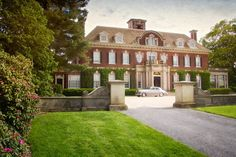 """Gatsby style: Embrace the lifestyle of """"The Great Gatsby"""" William Howard Thompson House ..."""