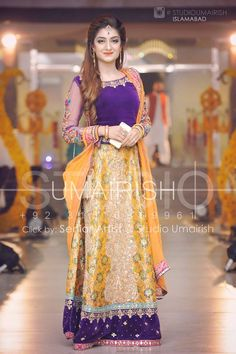 Wedding bridal mehndi lahnga paint block printing sequance threads and nagh work M 137 Pakistani Mehndi Dress, Bridal Mehndi Dresses, Pakistani Wedding Dresses, Pakistani Outfits, Bridal Outfits, Indian Dresses, Saris, Mehndi Outfit, Indian Bridal Wear