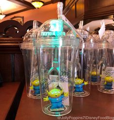 """Walt Disney World Toy Story Land light-up """"Claw Cup"""" Disney Souvenirs, Disney Vacations, Disney Home, Walt Disney World, Disney Popcorn Bucket, Disney Collection, Disney Cups, Cute Water Bottles, Toy Story Alien"""