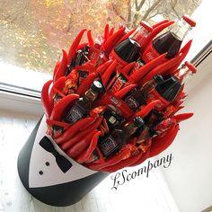 Cake Pop Bouquet, Food Bouquet, Flower Pot Centerpiece, Alcohol Bouquet, Vegetable Bouquet, Candy Arrangements, Edible Bouquets, Best Business Ideas, Chocolate Bouquet
