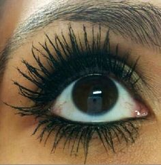 Get the length and volume you desire with our 3D+ Moonstruck Mascara by Younique by Rori Koch