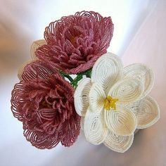 Beautiful French Beaded Flowers by Amy (beadsinbloom) featured in Bead-Patterns.com Newsletter!