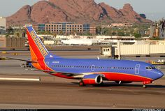 Boeing 737-3H4 - Southwest Airlines | Aviation Photo #1040095 | Airliners.net