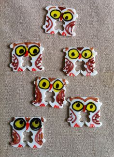 IItty Bitty Bread tag Owls A quick recycle craft, cute and expressive. Permanent markers and you have a cute SWAP