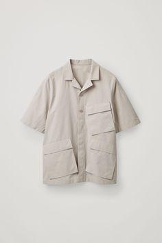 Cool Shirts, Casual Shirts, Latest Clothes For Men, Safari Shirt, Oversized Shirt, Mens Clothing Styles, Swagg, Shirt Style, Shirt Designs