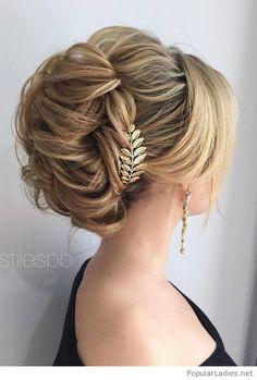 beautiful-gold-bride-accessories