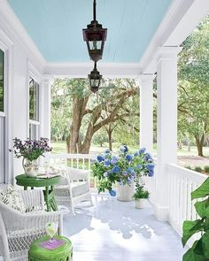 Wishful thinking!  @southernlivingmag
