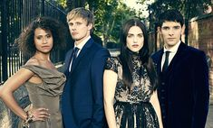 The cast of Merlin (from left to right): Angel Coulby (Gwen/Guinevere) , Bradley James(Prince/King Arthur), Katie McGrath(Morgana), and Colin Morgan (Merlin). Merlin Tv Series, Merlin Cast, Angel Coulby, Merlin Fandom, Merlin Colin Morgan, Merlin And Arthur, King Arthur, Lena Luthor, Bradley James