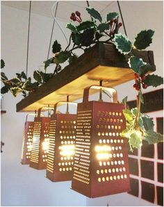 Modern lamps that you can make yourself - decoration id Moderne Lampen, die Sie selbst machen können – Dekoration ideen Modern lamps that you can make yourself room by yourself - Diy Hanging Shelves, Hanging Lights, Hanging Lamps, Fairy Lights, String Lights, Christmas Lights Outside, Outdoor Christmas, Christmas Christmas, Victorian Christmas