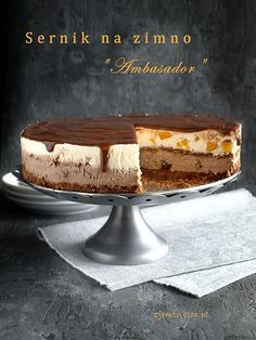 """Ambasador""- sernik na zimno, gotowany Polish Desserts, Polish Recipes, Polish Food, My Dessert, Dessert Recipes, Fruit Sauce, Sweet Pastries, Melting Chocolate, Cheesecakes"
