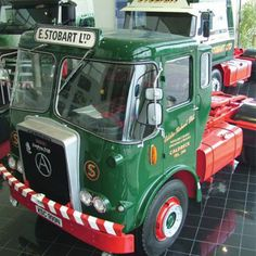 Vintage Trucks, Old Trucks, Classic Trucks, Classic Cars, Eddie Stobart Trucks, Old Lorries, Old Wagons, Commercial Vehicle, 40th Anniversary