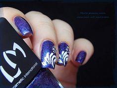 Nail Art Gouttes sur Magie (G) www.nail-art-marie.com