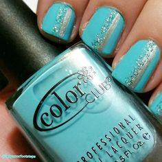 Evolution comes real close to that blue color we all love.... #TiffanyBlue! I'm sure this is a color many will be seeing on Valentines Day! Amores do you have a favorite Tiffany piece of #jewelry you own or on your wish list? @colorclubnaillacquer #love #naillacquer #nailartwow#nail#nails#fashion#nailart#nailartwow#naildesigns#trend#polishes#polish#bloguera#blogueramexicana#love#cute#girl#bloggers#beauty#beautyblogger#blogger#smile#beautiful#losangeles#lifestyle#styl