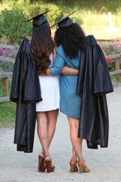Graduation best friend picture