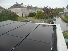 Wekken jullie echt alle energie voor de zonnebanken op met zonnepanelen? Ja, Op dit moment lukt dit. In de zomer houden we heel veel over en dit wordt in de winter gebruikt voor privé en voor zonnebanken.