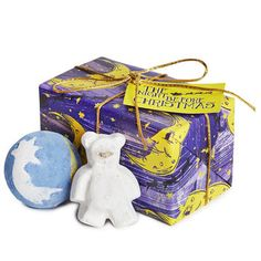 Lush The Night Before Christmas Bath Bomb Gift Lush The Night Before Christmas Gift Set. 2 bath bombs in original box without the wrapping paper. Christmas Gift Sets, Holiday Gifts, Christmas Crafts, Christmas 2015, Christmas Presents, Lush Gift Set, Harry Potter Advent Calendar, Christmas Bath Bombs, Lush Cosmetics
