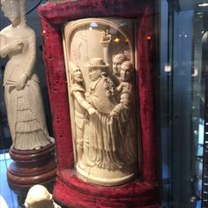Magnificent, superlative and higly prized  ivory european statue - ca 1880- german high school of carving - call Danilo +39 335 6815268