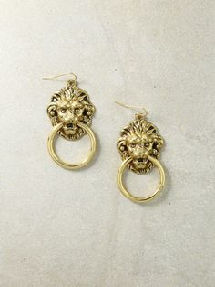 The Vandal Small Door Knocker Earrings - Gold by Vanessa Mooney. Shop Earrings, Jewelry and Accessories that are handcrafted in Los Angeles. Jewelry for lovers. Cute Jewelry, Gold Jewelry, Jewelry Box, Jewelry Accessories, Fashion Accessories, Fashion Jewelry, Jewellery, Pearl Jewelry, Unique Jewelry