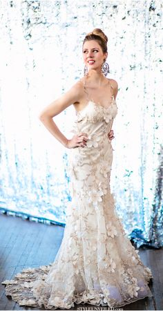 Kimberly is wearing a gorgeous Claire Pettibone Wedding Dress / Seattle Wedding / Emerald and Lavender Wedding Details / Alante Photography / via StyleUnveiled.com