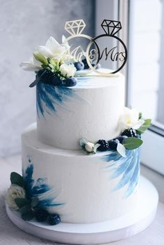 The Effective Pictures We Offer You About single layer chocolate wedding cake A quality picture can tell you many things. You can find the most beautiful pictures that can be presented to you about li 2 Tier Wedding Cakes, Pretty Wedding Cakes, Small Wedding Cakes, Wedding Cakes With Cupcakes, Elegant Wedding Cakes, Wedding Cake Designs, Pretty Cakes, Beautiful Cakes, Rustic Wedding