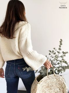 Osez-vous tricoter un pull avec point de riz? Crochet Cardigan, Knit Crochet, Crochet Hats, Knit Fashion, Crochet Clothes, Types Of Fashion Styles, Mantel, Boho Chic, Knitwear