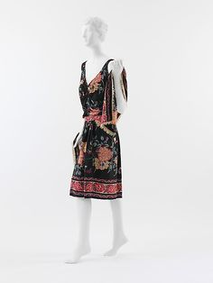 Afternoon ensemble Paul Poiret  Date: 1927 Culture: French Medium: silk Accession Number: C.I.58.34.7a–c