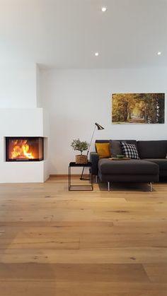 Kuschelig und warm#wohnzimmer #livingroom #couch #sofa #kissen #beistelltisch #hay #schwarz #black #pillow #leiter #kamin #fireplace Foto: Hexe