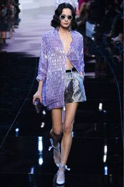 See all the Collection photos from Giorgio Armani Prive Spring/Summer 2016 Couture now on British Vogue Haute Couture Style, Couture Mode, Spring Couture, Couture Fashion, Runway Fashion, Fashion Trends, Armani Prive, Giorgio Armani, Fashion Week Paris