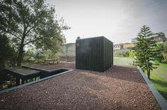 Galería de La Cabaña Negra / Revolution Architects - 26