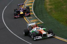 f1 Buenísima foto del Alemán Adrián Sutil liderando el Gran Premio de Australia, en la foto por delante del también Alemán Sebastian Vettel