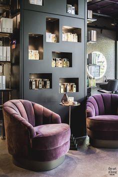 Design Salon, Beauty Salon Design, Salon Interior Design, Salon Furniture, Furniture Design, Kid Furniture, Plywood Furniture, Bedroom Door Design, Beauty Salon Decor