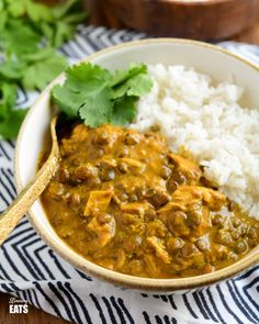Over Healthy Delicious Slimming World Recipes - Slimming Eats Chicken Lentil Curry, Leftover Chicken Curry, Leftover Chicken Recipes, Healthy Chicken Recipes, Cooking Recipes, Healthy Food, Protein Recipes, Healthy Cooking, Lunch Recipes