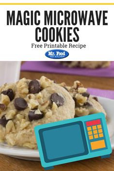 Are the chocolate chip cookie cravings setting in? Instead of rushing out to the bakery and buying a dozen, you can make your own in just under 2 minutes with our recipe for Magic Microwave Cookies! Holiday Cookie Recipes, Holiday Cookies, Microwave Cookies, Christmas Cookie Exchange, Chocolate Filling, Food Test, Biscuit Recipe, Quick Easy Meals, Chocolate Recipes