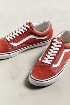 the best attitude bf7be 574a1 Slide View  2  Vans Old Skool Sneaker
