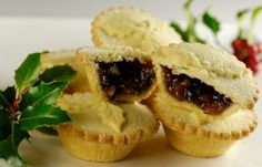 Homemade mince pies, just needs a good splashing of double cream.