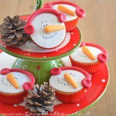 Cupcakes Natalizi decorati in Pasta di Zucchero - Cupcakes di Natale - Ricetta