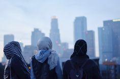 40 Ideas Party Friends Photography Bff For 2019 Muslim Girls, Muslim Women, Muslim Fashion, Hijab Fashion, Modest Fashion, Women's Fashion, New Party Dress, Photo Chat, Islamic Girl