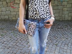 HM leopar bluz HM clutch animal print clutch zara shoes mango boyfriend jeans moda blogları fashion blog street style blog türk blogger türk moda bloggerı en iyi moda blogları gleam fashion my style kombin önerisi Ne Giydim / Boyfriend Jeans On The Blog