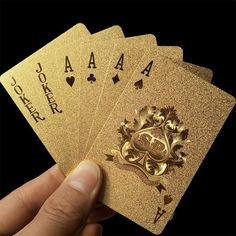 20 Interesting Playing Cards You Can Buy - Hongkiat Imagenes Free, Gold Playing Cards, Gold Poster, Poker Set, Poker Bonus, Value In Art, Plastic Foil, Baby Shop Online, Play Online
