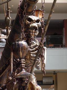 Pirate ship skeleton figurehead