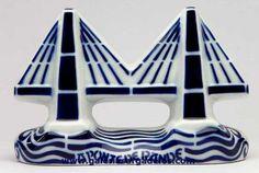 El puente de Rande no es sólo una de las grandes obras de ingeniería de Galicia, sino que se ha convertido en un auténtico icono de Sargadelos y Galicia.